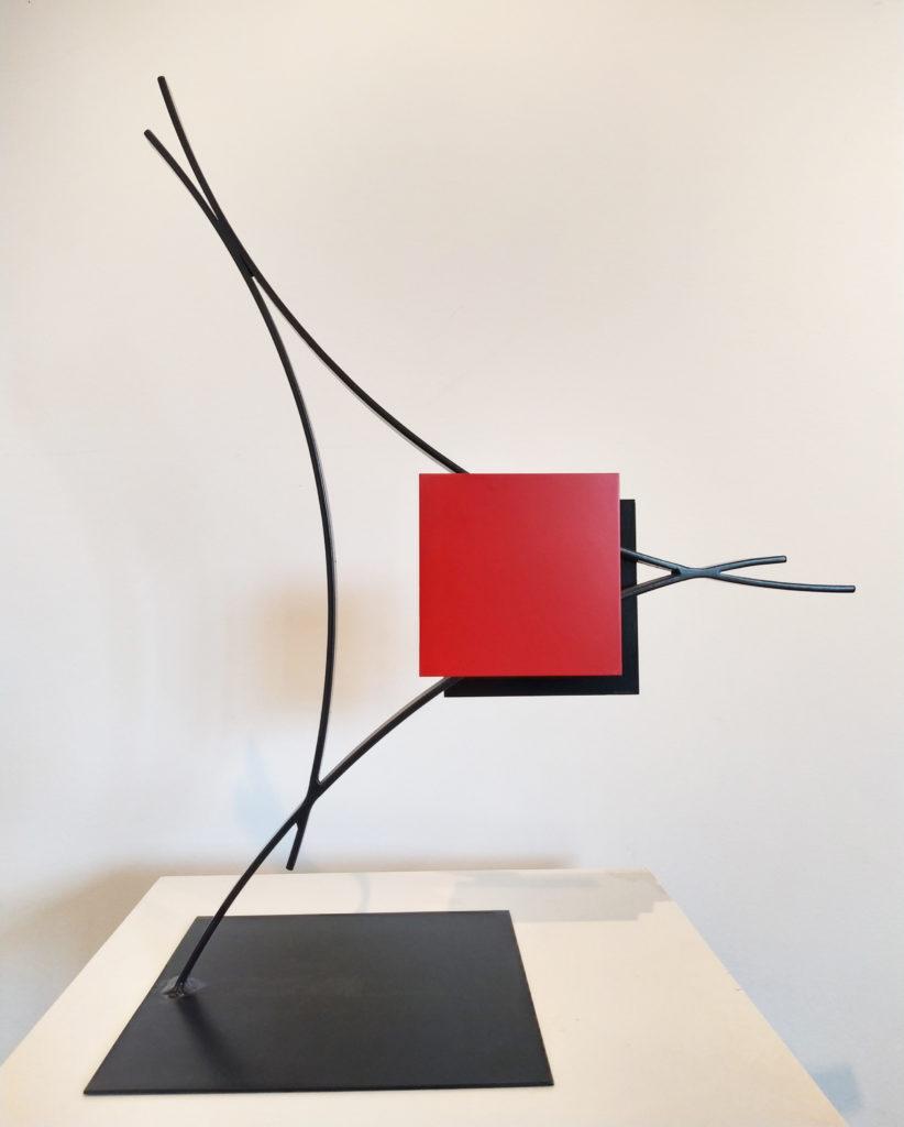 RADIAN N° 3 sur 6 / 2007 / Sculpture tôle d'acier, peinture époxy / 23x28 H. 28 cm
