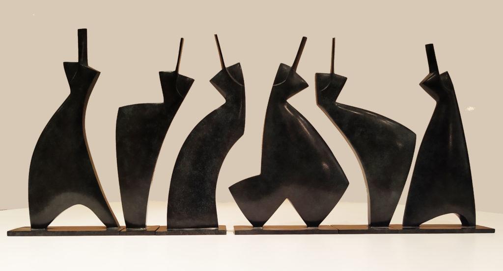 Les Pléiades (N°6/8) / 2008 / Bronze de 6 pièces patine gris bleu / terrasse : 4 x 60 : H. 24 cm