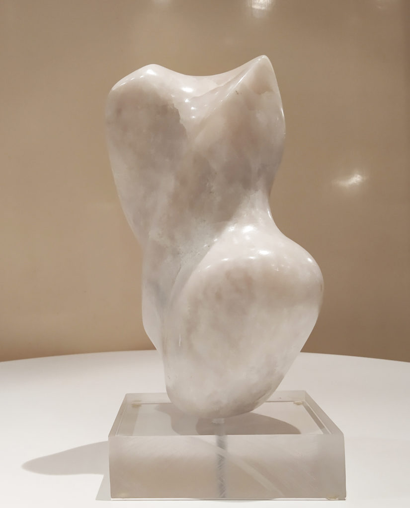 Mouvement II / Albâtre / terrasse : 10 x 15 : H. 28 cm