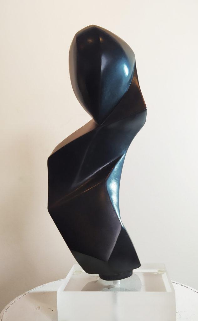 Céléné VI / bronze / terrasse : 15 x 12.5 : H. 39 cm